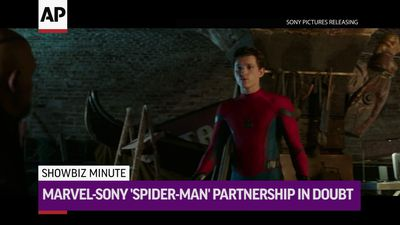 ShowBiz Minute: 'Spider-Man,' Domingo, 'Matrix'