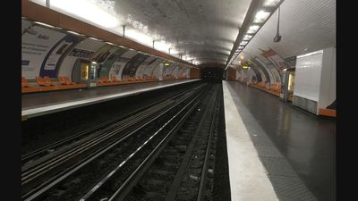 Paris hit with massive public transport strike