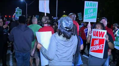 49,000 United Auto Workers strike against GM