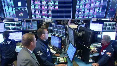 Analyst: DC/market pressure put Fed into corner