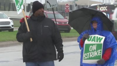 Tentative deal reached that could end GM strike