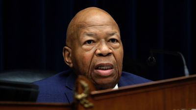 Bipartisan condolences follow Cummings' death