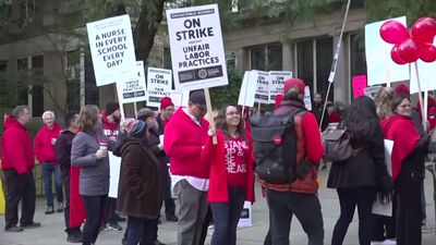 Thousands of Chicago teachers on strike