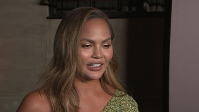 Chrissy Teigen honored at Bab2Baby gala