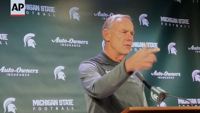 Mich. State's Dantonio faces questions on future