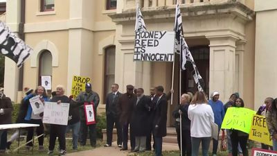 Supporters rally for Texas death row inmate