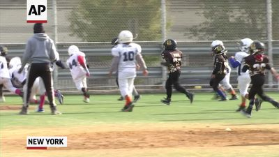 NY considers ban on tackle football for children