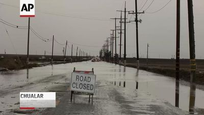 Flooding closes roads, schools in California