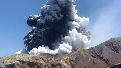 Rescuer describes New Zealand's silent eruption