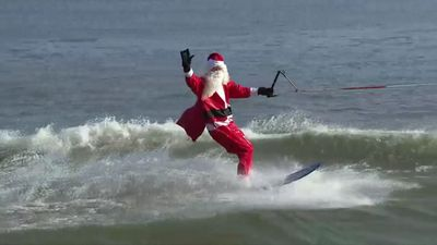 Santa water-skis on Potomac River in annual event