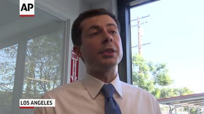 Buttigieg tours temporary housing in Los Angeles