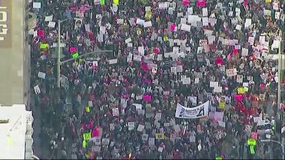 Large crowds rally in Los Angeles's Women's March