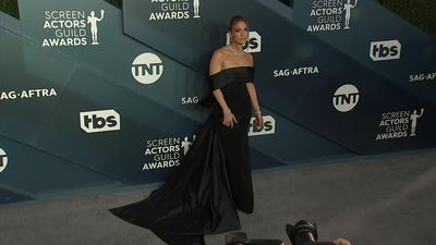 Lopez, Williams choose black for SAG Awards