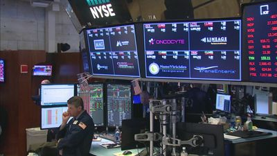 US markets plunge on virus fears