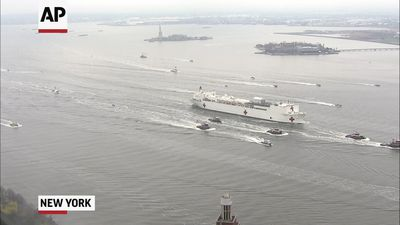 Mayor: Arrival of naval ship gives 'hope' to NYC