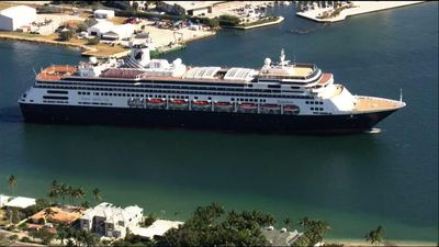 2 cruise ships dock in Florida after negotiations