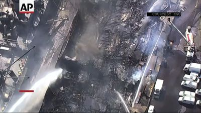 Fire destroys San Francisco warehouse