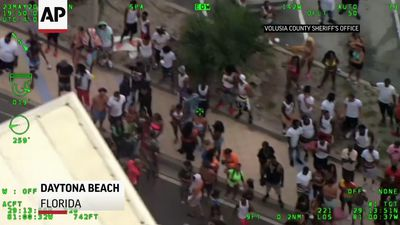 Police respond to crowds, shooting near Fla. beach