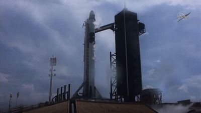 SpaceX sends US astronauts to space station