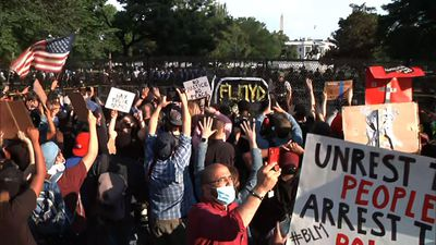Thousands continue to protest near the White House