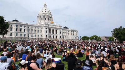 Thousands rally at Minn. capitol youth protest