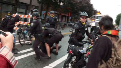 Seattle mayor defends effort to clear protest zone