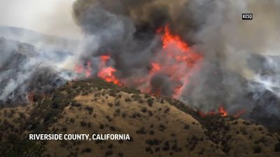 Southern California crews battle 'Apple Fire'