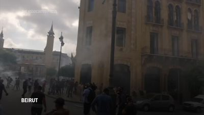 Clashes as hundreds protest against Lebanon govt