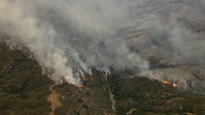 Crews try to gain ground on California wildfire