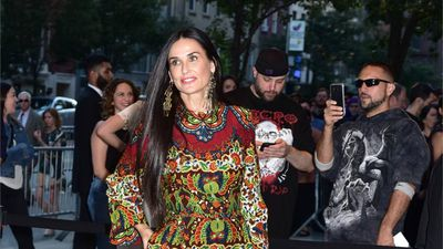 Demi Moore's meditation retreat bond with co-stars