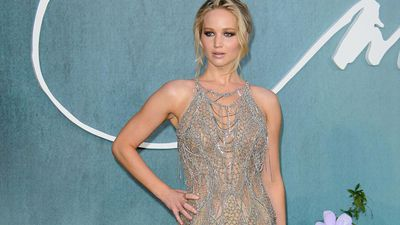 Jennifer Lawrence's wedding dress had own hotel room