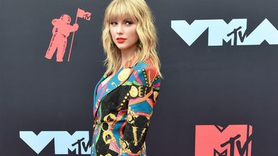 Taylor Swift claims she's banned from performing own songs