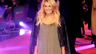 Danielle Armstrong has started a pregnancy YouTube channel!