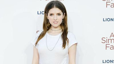 Anna Kendrick had to learn to ice skate for Noelle role