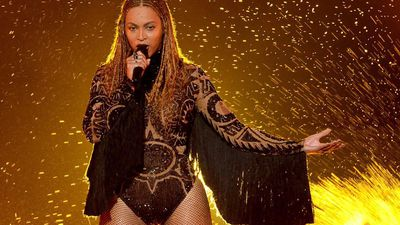 Beyonce and Kelly Rowland faced 'harassment'