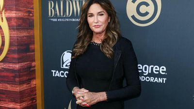 Caitlyn Jenner relies on famous family for fashion tips