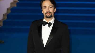 Lin-Manuel Miranda gives Hamilton movie update with original cast tease