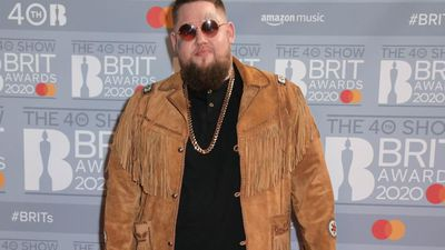 Rag 'n' Bone Man teases rock 'n' roll album