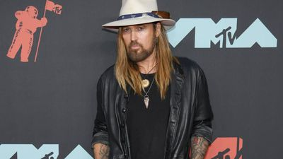 Billy Ray and Noah Cyrus pay tribute to Trace Cyrus on his birthday