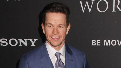 Mark Wahlberg embarrasses his daughter