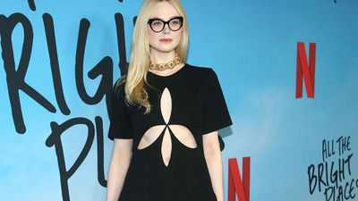 Elle Fanning identifies her co-stars by their scent