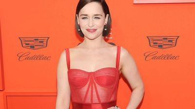 Emilia Clarke auctioning off dinner date for COVID-19 relief fund donations