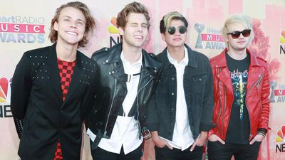 5 Seconds of Summer want to pen a book on their experiences with One Direction