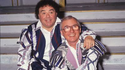 Eddie Large dies after contracting coronavirus in hospital