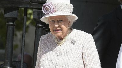 Queen thanks healthcare staff for in new statement amid COVID-19 Pandemic