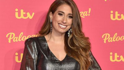 Stacey Solomon shows off her sexy moves while cleaning