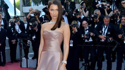 Bella Hadid calls for justice for George Floyd