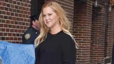 Amy Schumer loves learning to cook