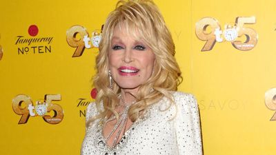 Dolly Claus: Dolly Parton to release first Christmas album in 30 years