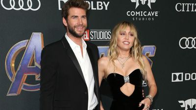 Miley Cyrus lost her virginity to Liam Hemsworth